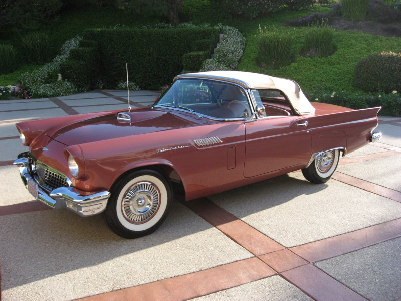 1957-ford-thunderbird0001